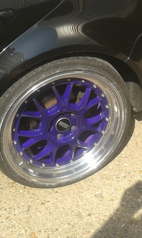 picture of a purple BBS split rim